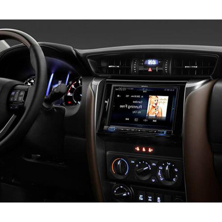 car stereo senza meccanica alpine ilx 702d car stereo. Black Bedroom Furniture Sets. Home Design Ideas