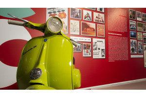 Vespa festeggia 75 anni con una mostra